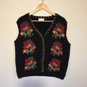 Sweaters - Vintage Christmas holiday button up sweater vest